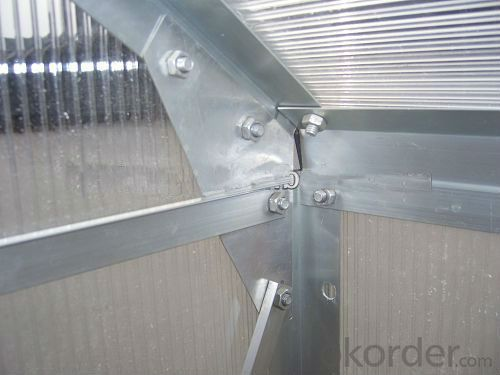 Lean-to Greenhouse with Polycarbonate and Aluminunm Alloy Structure