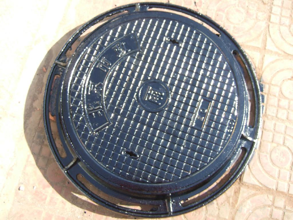 Ductile Iron Manhole Cover ΕΝ124 Made In China