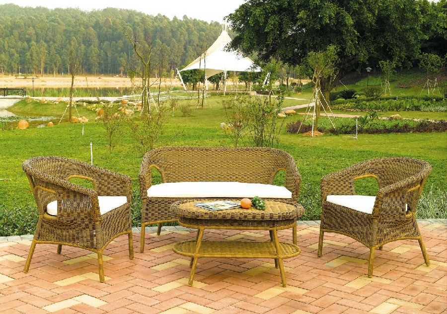 Cast Aluminum Outdoor Chair and Rattan Garden Dining Set