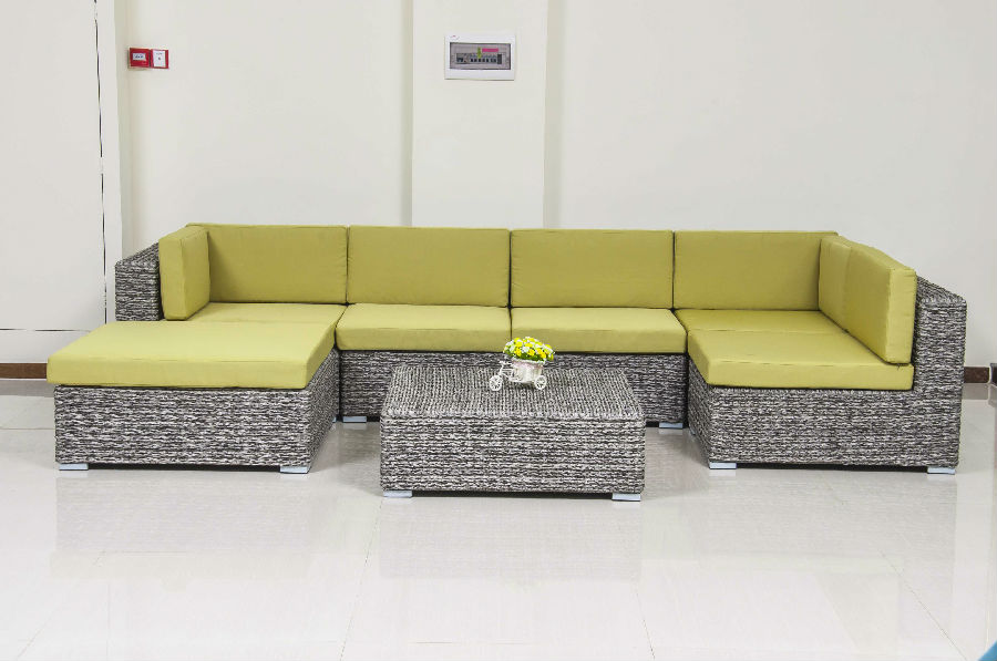 Outdoor sofa with 100% Handmade Durable rattan used