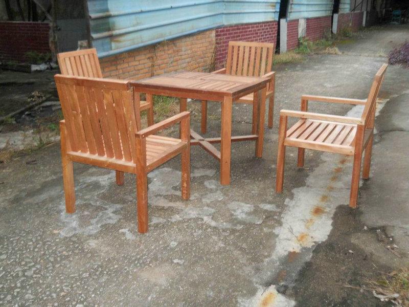 Wood Garden Set
