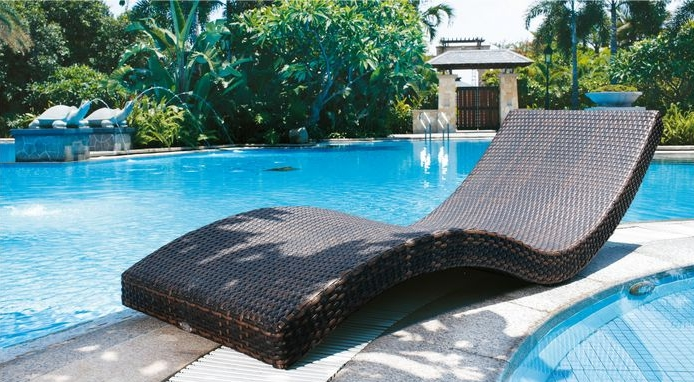 Patio Rattan Furniture Beach Chair Chaise Lounger
