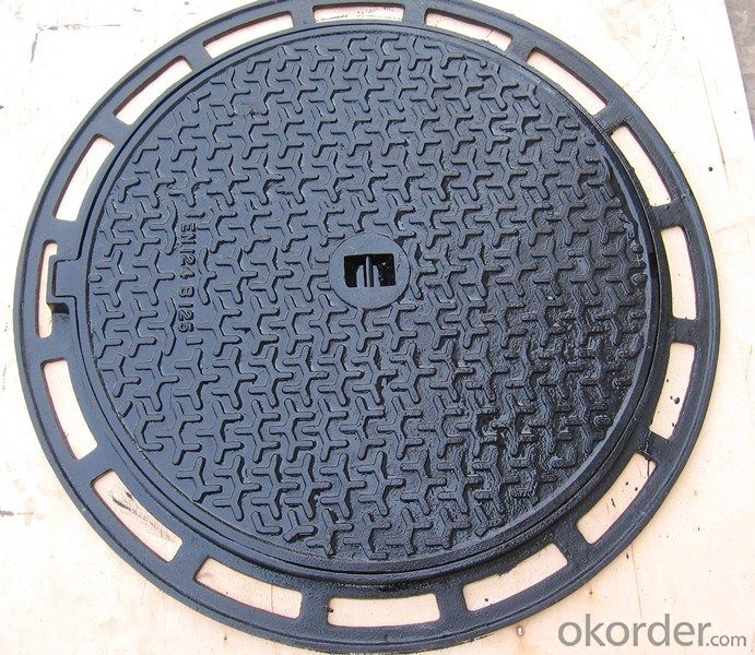 Manhole Cover EN124 C250 650mm Square  with Frame EN124 D400 Foundry Stock