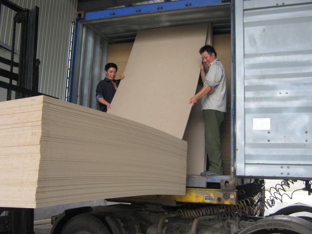 low price standard size colored melamine mdf