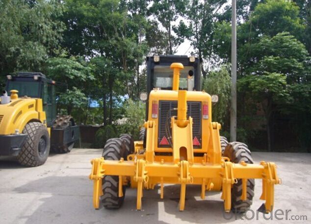 PY135 Model Motor Grader with Accessories, 11 Ton Weight