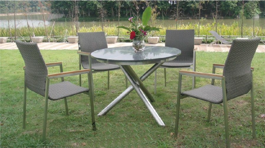 Funiture Outdoor Garden Dining Table & Chair in Rattan Wicker Set