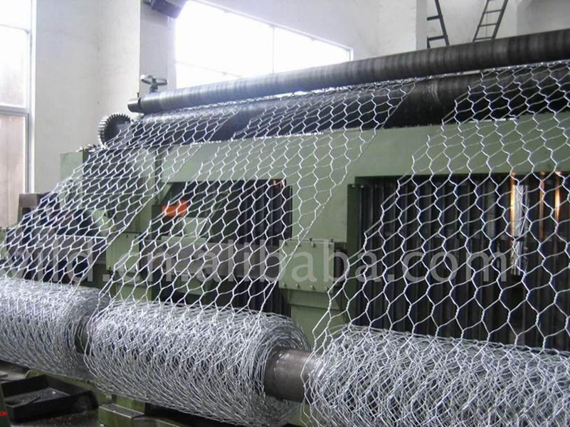 Hexagonal Galvanized Wire Netting After Weaving