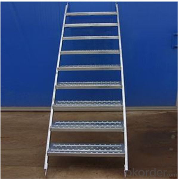 Stair Case 800*1825*1780*2550mm Step Ladder with Hook CNBM