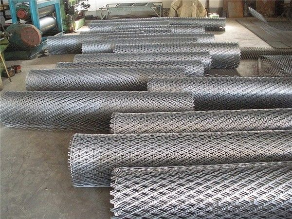 Expanded Metal Mesh For The Constriction