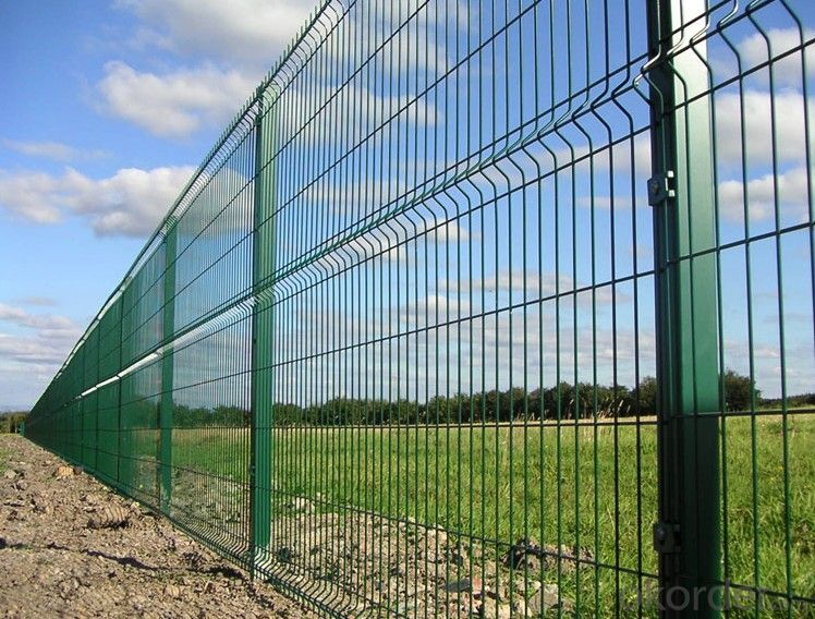 Peach Post Strong Protecton Wire Mesh  Fence