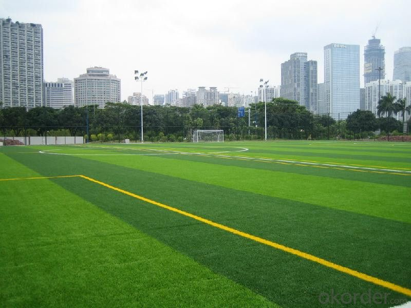 50mm Soccer Artificial Grass Synthetic Lawn Turf For Football Filed , Green Color