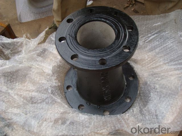 Ductile Cast Iron Pipe Fittings Flanged Socket GGG40 B125 Bitumen Coating
