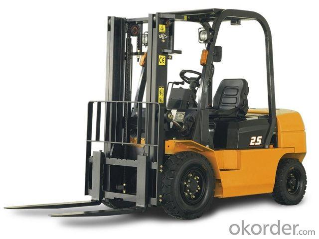 Forklift Trucks Gasoline / LPG  3.0t-3.5t