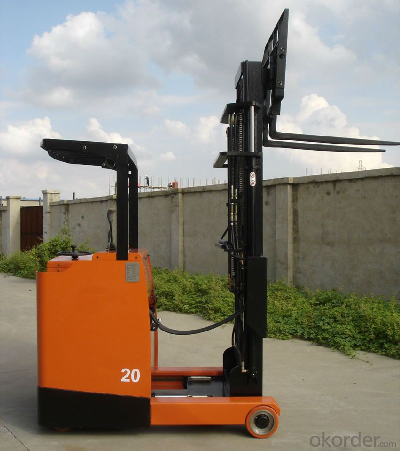 Electric Stacker High Quality and Competitive Price Capacity 1.5 Ton Standard