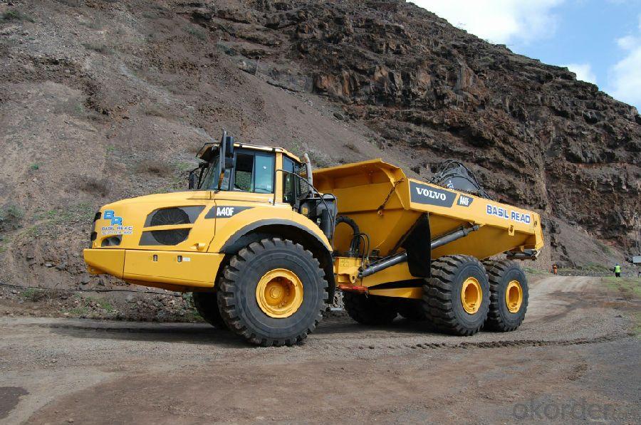Dump Trucks  3axle 50ton Loading  6X4