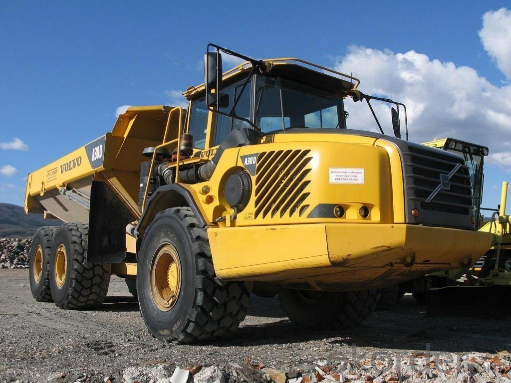 Dump Truck  20-30 Tons