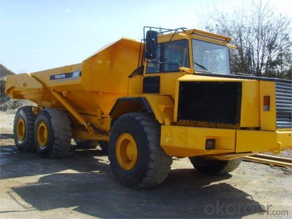Dump Truck 8X4 336HP Dumper Tipper China