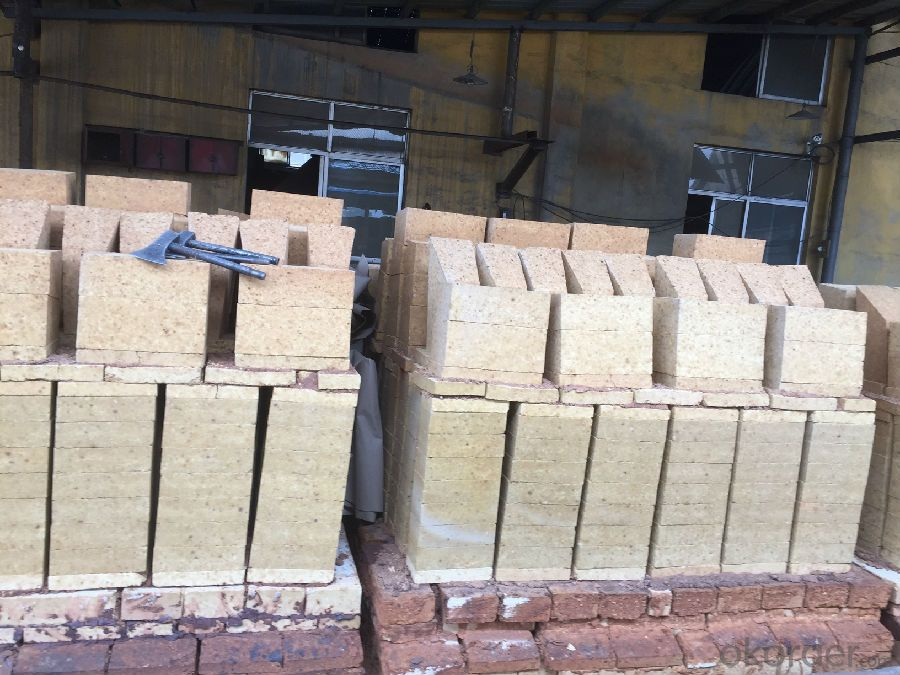 Fireclay Brick with Al2O3 Content around 30%