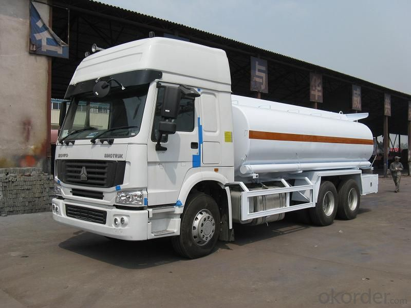 Tank Truck China 8X4 12wheels  for Fuel Transport
