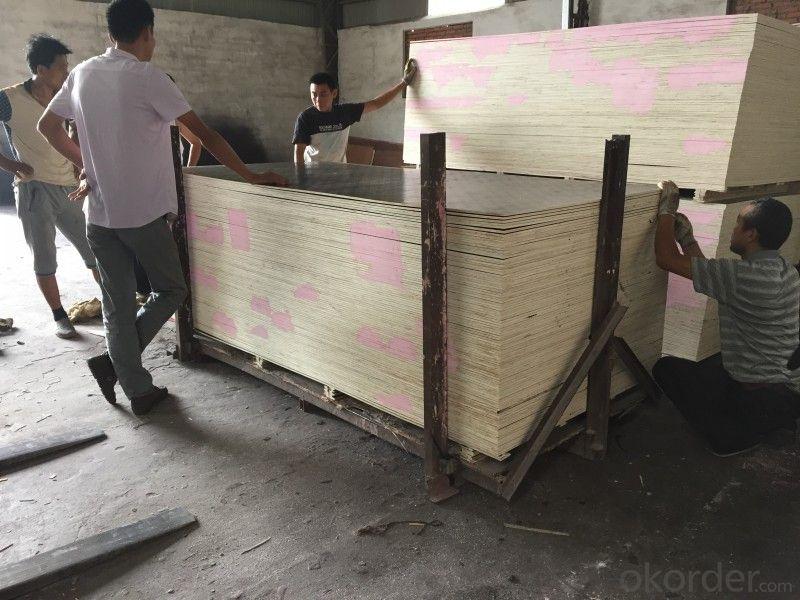 Encofrado de madera contrachapada para la construcción