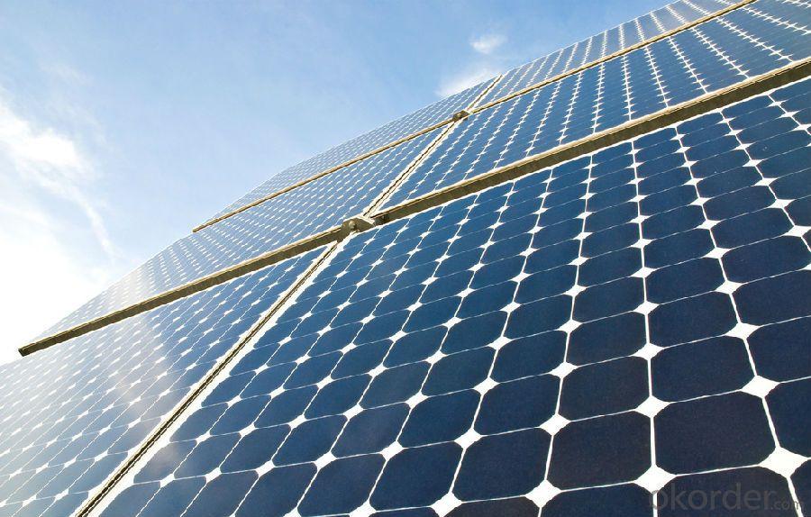Monocrystalline Silicon  305w Solar Module in USA Market