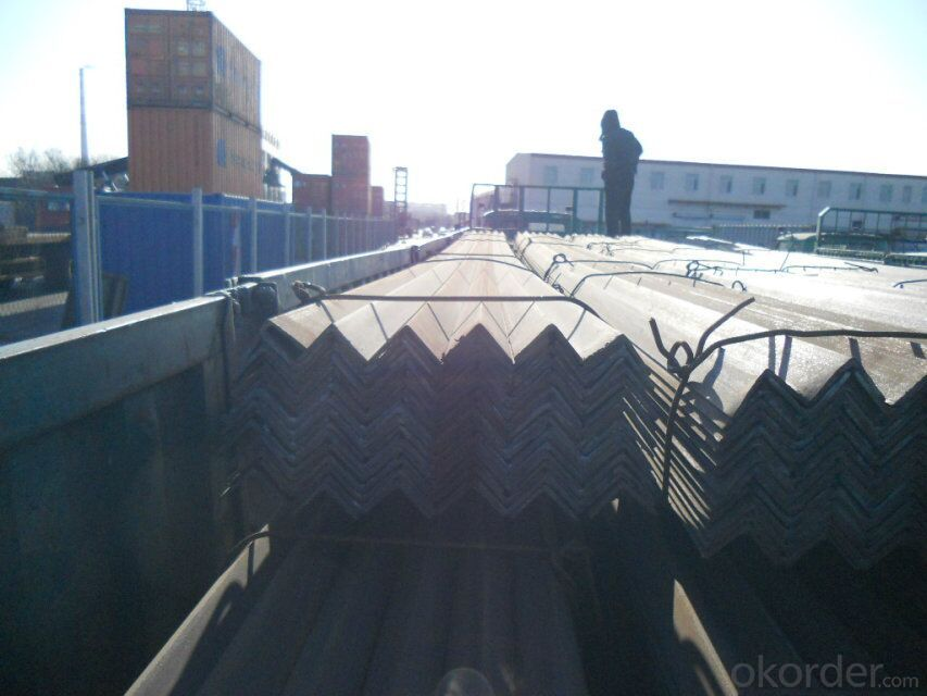 Wholesale Hot Rolled Equal Angle Steel in Stock
