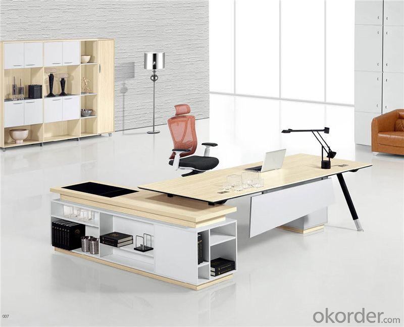 Office Executive Table with Environmental Material