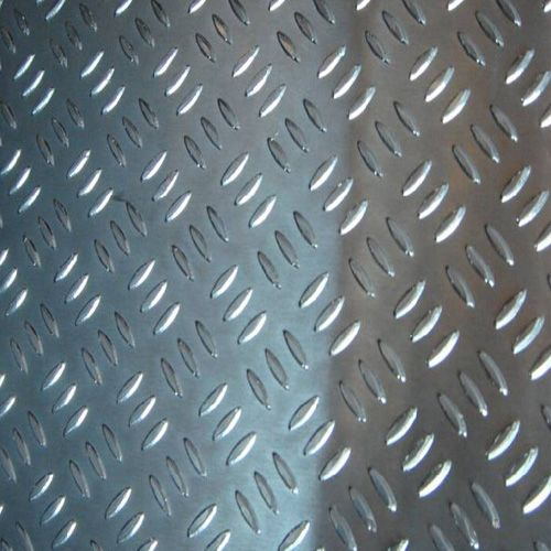 Two Bars Embossed Aluminum Plate with Best Price