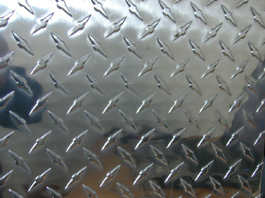 Aluminum Treadplate  (5 BARS/ DIAMOND/STUCCO)