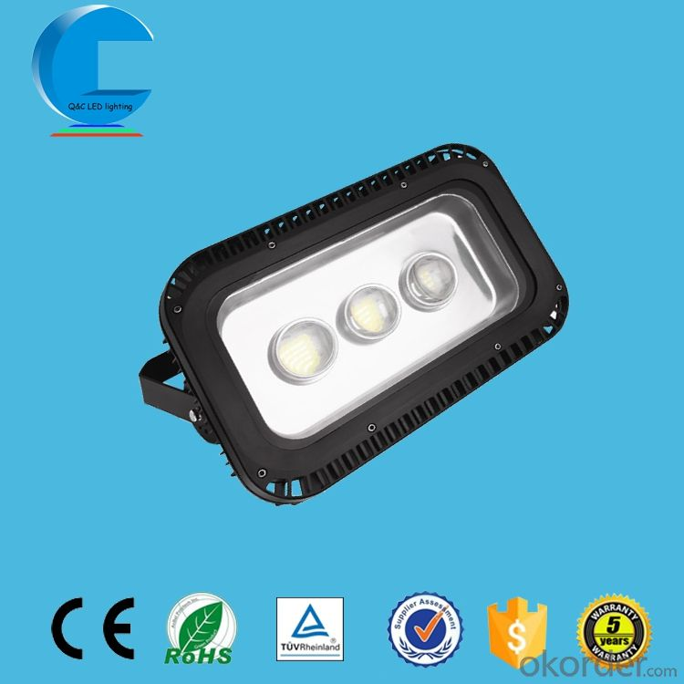 IP68 LED floodlight 150W outdoor lighting