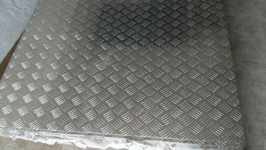 Hot/Cold Rolled Stucco Embossed Aluminium Checker Plate 5 bars /3 Bars /1 Bar