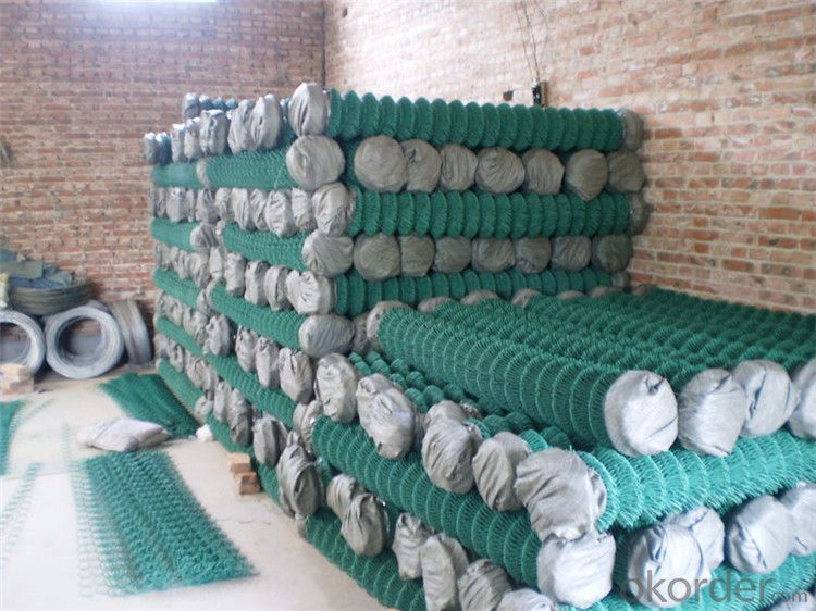 Chain Link Fence Galvanzied/PVC Coated (real factory) Is on Hot Sale