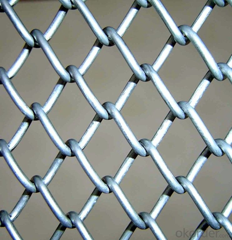 Wholesale Pvc / Galvanized Chain Link Fence in Black Clore/ Diamond Mesh Fence (XB-FENCE-008)