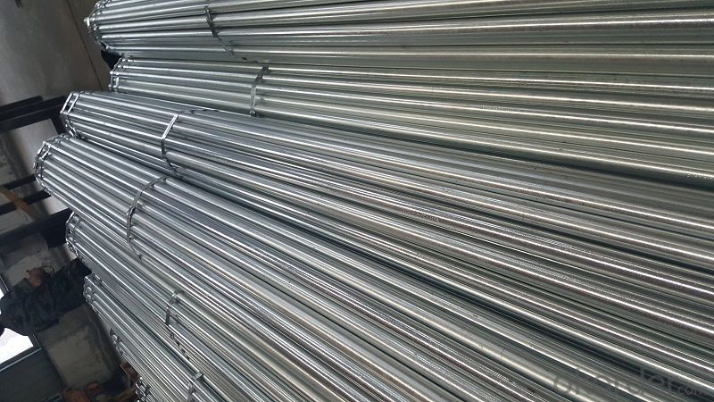 Galvanized welded steel pipe for construction
