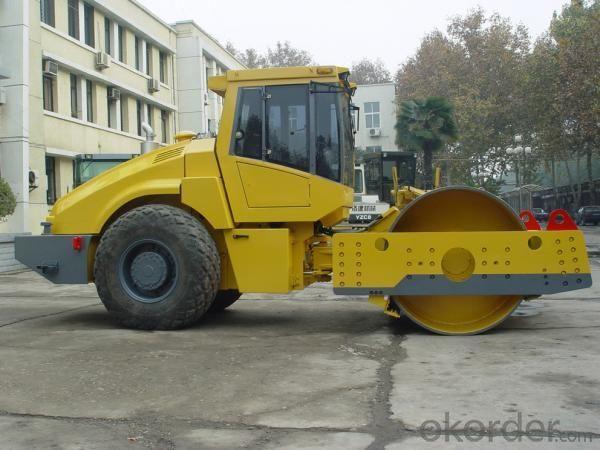 Road Roller LT218