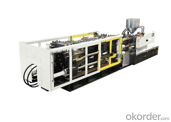 Plastic Injection Molding Machine with Variable Pump