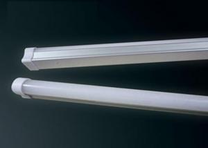 CE/ROHS Approved & Energy Saving  Refined Tube LED Light