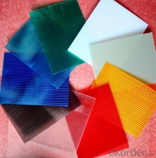 Twin-Wall Polycarbonate Sheet With UV Protection