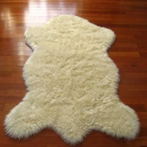 Faux Sheepskin Machine Made Carpet