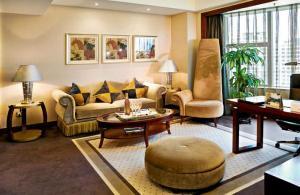 Hotel Bedroom Set HB01