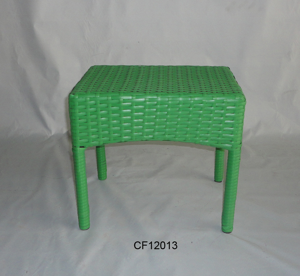 Classical Outdoor Furniture Iron and PE Rattan Children Table