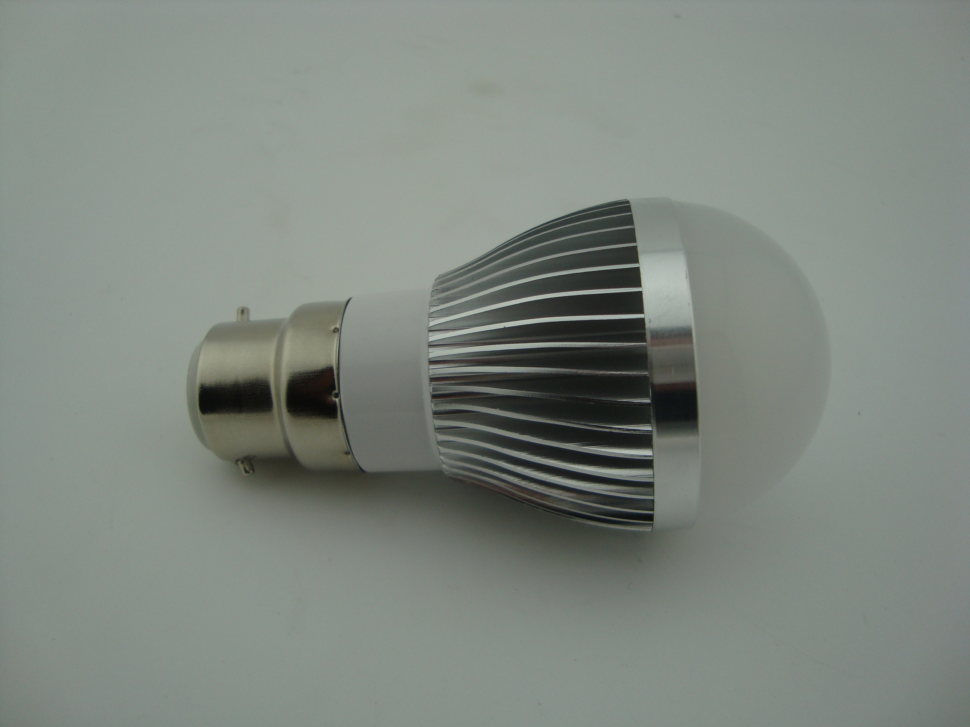 2 Years Warranty LED Dimmable Bulb PC Cover Wide Light Beam Angle 3W E27