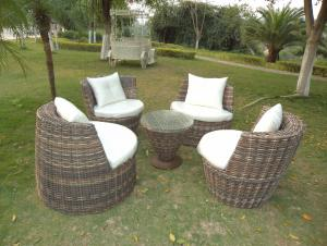 Rattan Iron Shelves Outdoor Garden Furniture Four Sofa And A Tea Table