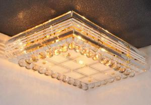 Crystal Ceiling Light Pendant Lights Classic Golden Ceiling Pendant Light 650*450