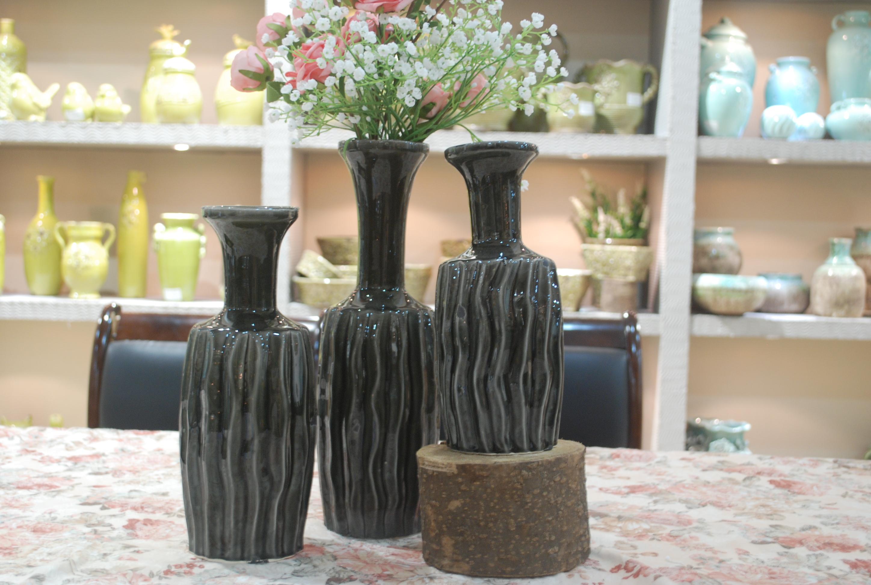 Hot Selling Fashion Home Décor Ceramic Black Vertical Stripes Flower Vase M
