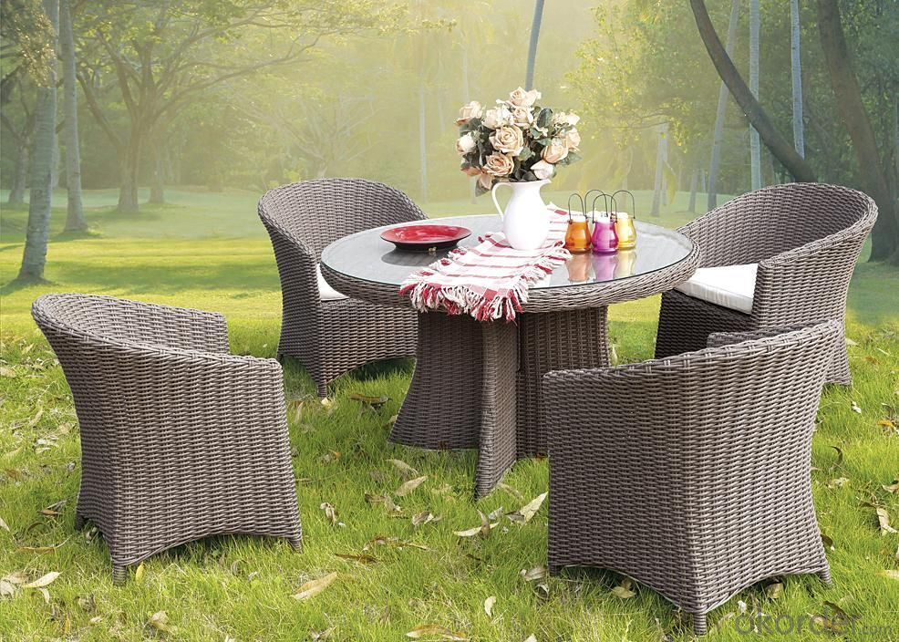 Moden PVC Rattan & Aluminum Outdoor Garden Furniture Table Set