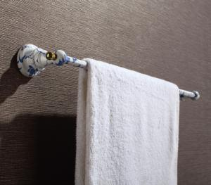Hardware House Bathroom Accessories Blue And White  Porcelain Series Towel Bar