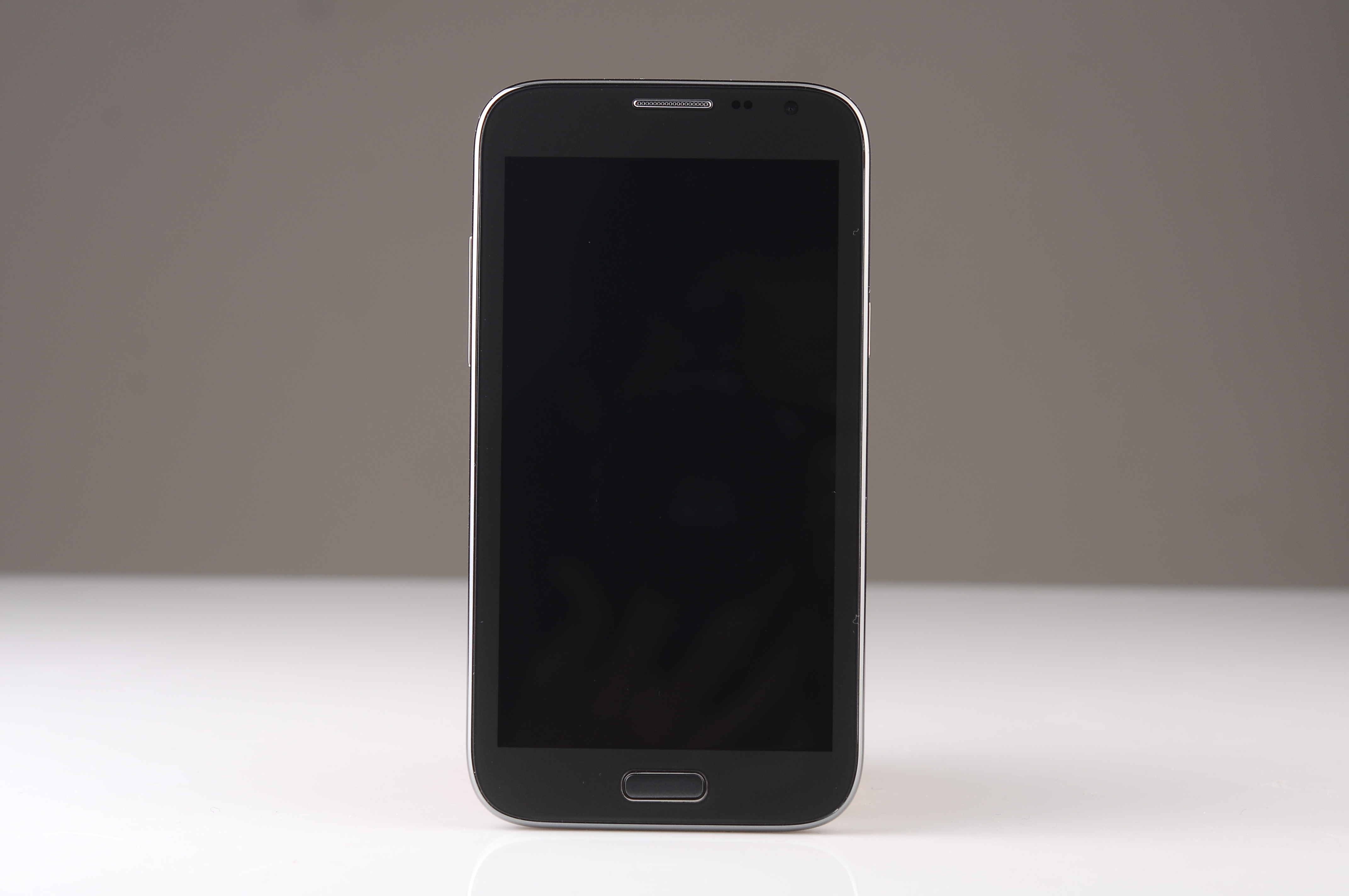 Mobile Phones   Android 4.2.2 2G Network 512M+256M CM-N7100A