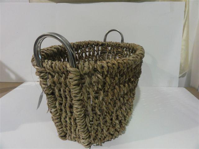 High Quality Hand Made Home Storage Basket Iron Fram Woven Basket