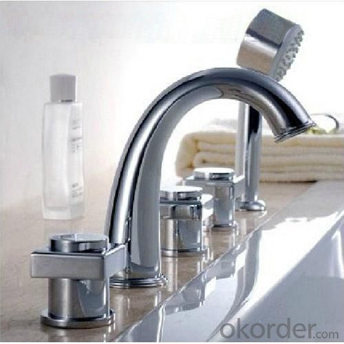 Three Blass Handle Chrome Plated Bathroom Sink Square Faucet With Shower
